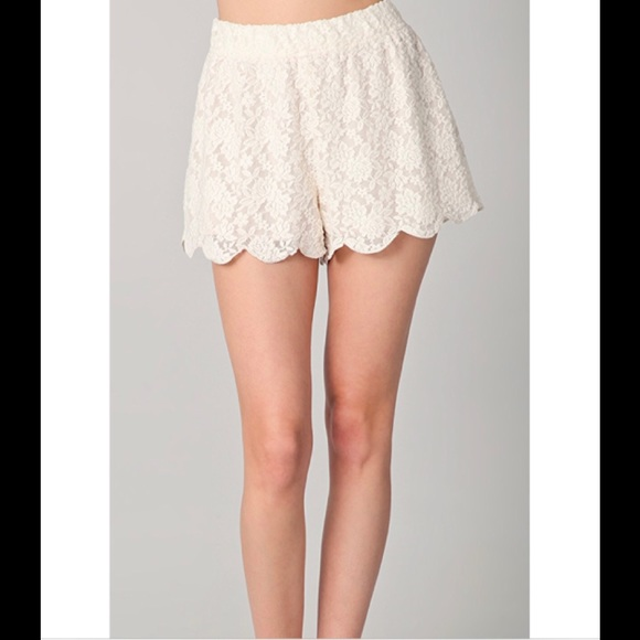 Free People Pants - Free People Scalloped Lace Shorts Ivory